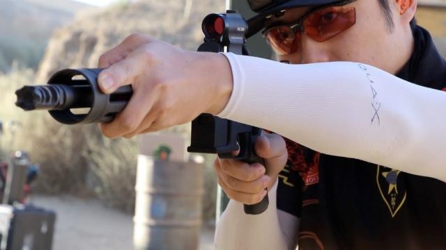 保护自己!我教美国华人如何用枪