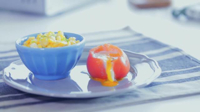 鸡蛋住进番茄心里——番茄鸡蛋杯