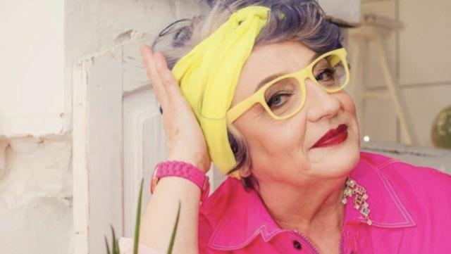乌克兰大妈少女心炸裂!58岁成网红