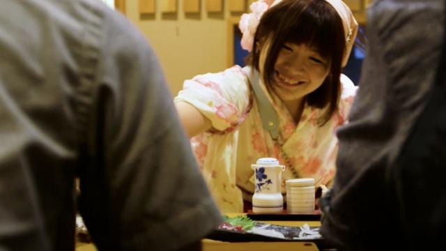 挑战男权?日本首家女性寿司店开业