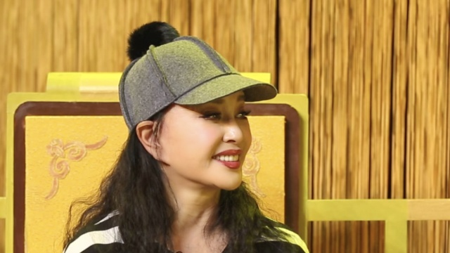 61岁刘晓庆:我是青年演员