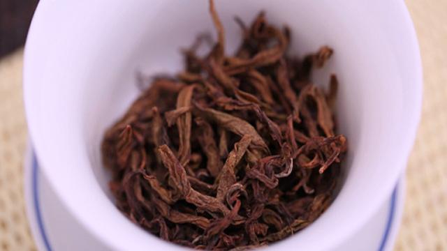 家里茶叶放久变味了怎么办?