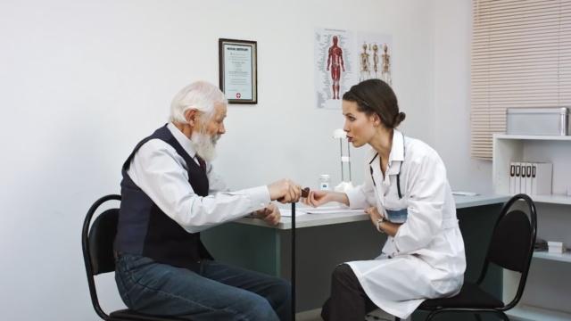 涨姿势:这个医院雇佣演员装病人