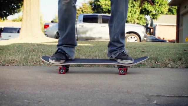 降低滑板门槛,滑板辅助练习器