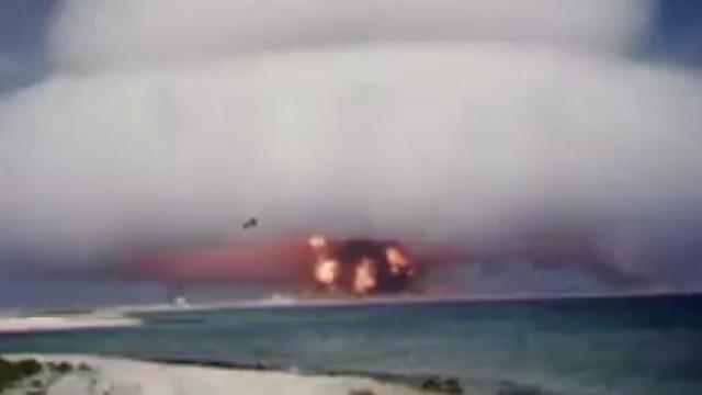 美国政府解密大量核试验视频