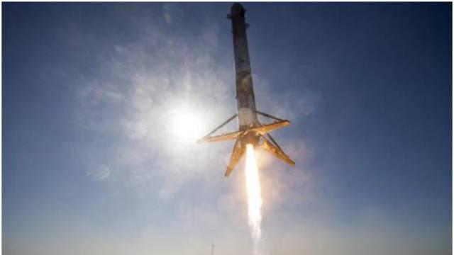 二手火箭发射成功!马斯克再创纪录