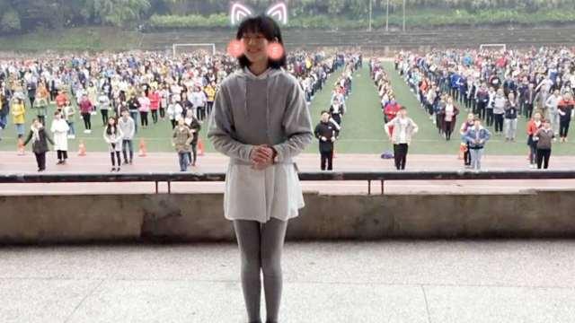 女生领舞街舞课间操走红:3岁学舞