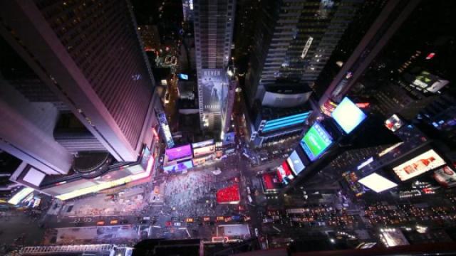 俯瞰纽约时报广场,感受这里的繁忙