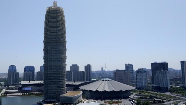 实拍郑州6大奇特建筑,看完我跪了