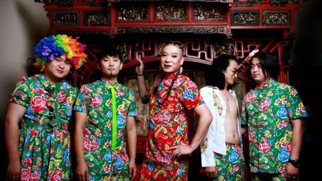 二手玫瑰乐队主唱:梁龙