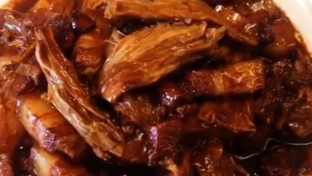 腐竹烧肉,肥而不腻
