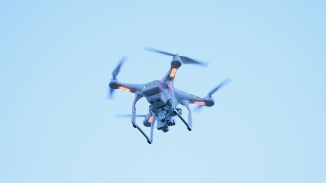 作死!无人机升空3400米破纪录