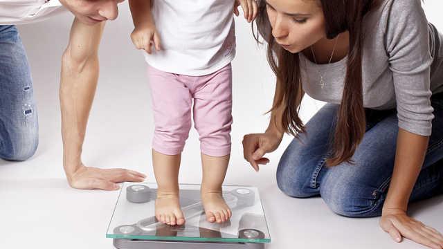 孩子超重要减肥,每月减几斤才好?