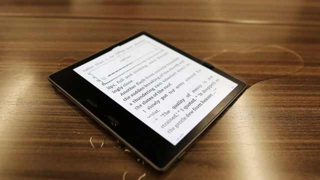 亚马逊推出新一代电子书,可防水!