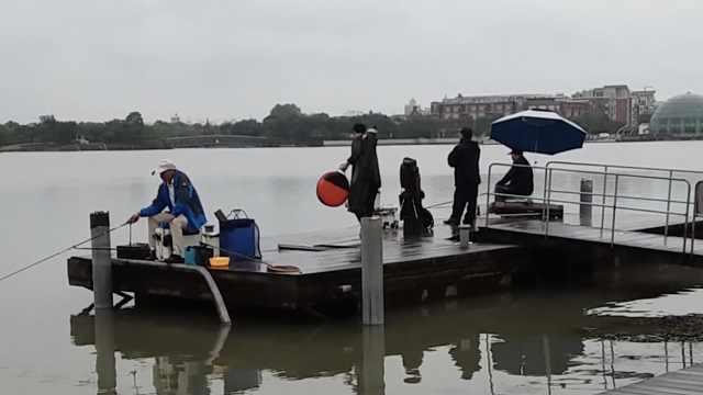 不得了的华亭湖,24小时都有人钓鱼