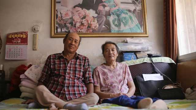 他在地震中截瘫,受妻子鼓励成诗人