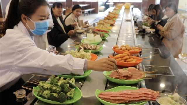 高校建餐厅实验室,青菜蒜苗都检验