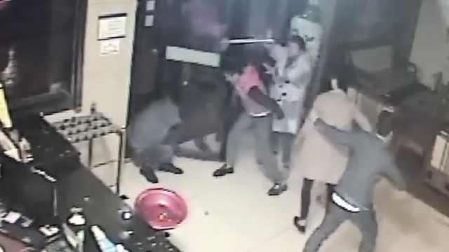 费用没谈拢,足浴所9员工围殴5顾客