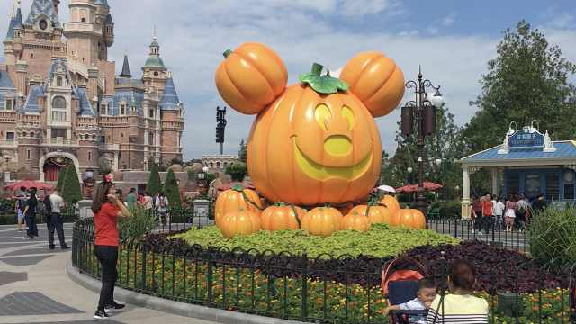 涨价!上海迪士尼最高票将达665元