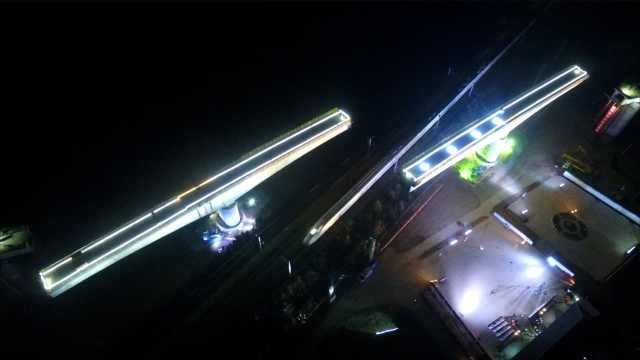 牛!跨运营高铁,7千吨桥梁空中牵手