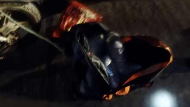 2人夜骑摩托,偷运10公斤冰毒被查