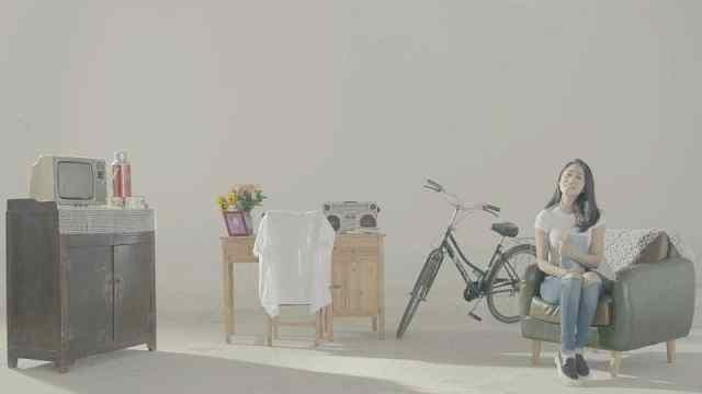 音乐人桂雨濛翻唱赵雷《少年锦时》
