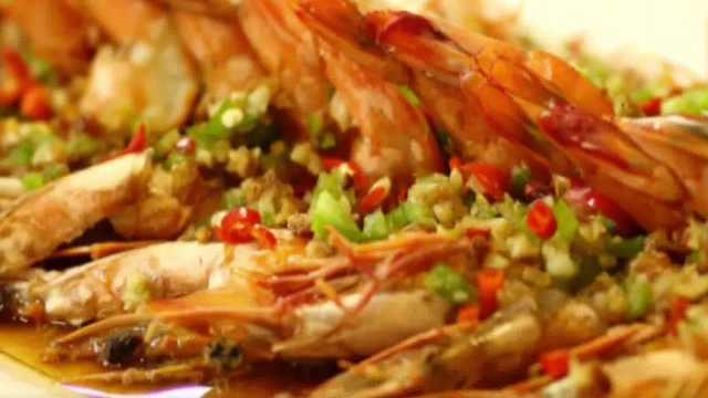 蒜蓉开背虾的家常做法,超简单!