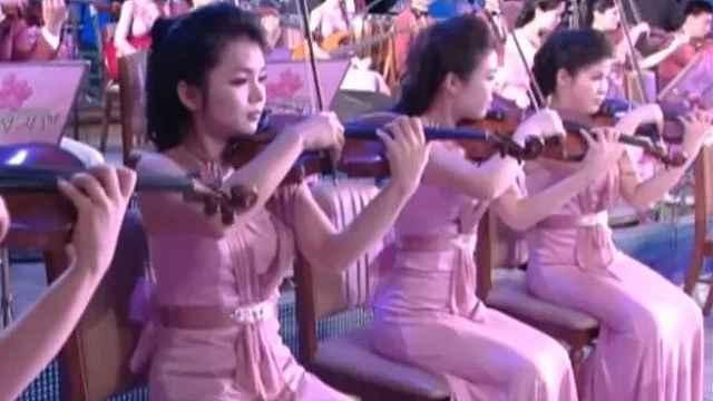 朝鲜艺术团赴韩演出,市民免费观看