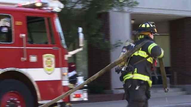美国消防队见火不救,只因未缴年费