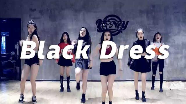 长腿美女性感翻跳《Black Dress》
