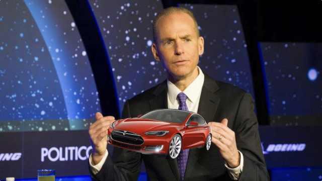波音CEO:要把马斯克的跑车接回来
