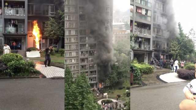小区民房突发大火,物业带队扑救