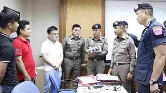 恐吓中国游客在泰购物,导游被逮捕