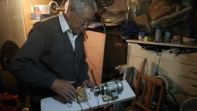 7旬翁地下室发明发电机,开价480万