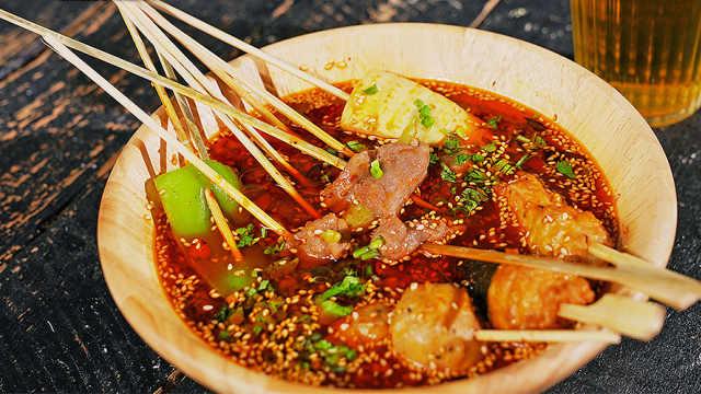 网红冷锅串串,鲜香麻辣地道成都味