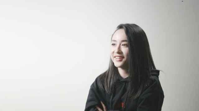 18岁成名的上海美女主持