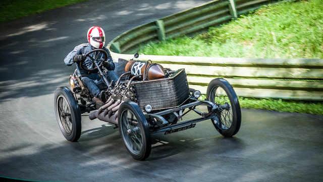 25L排量V8引擎,1905年极速缔造者