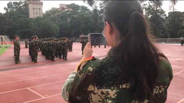 新生刚到广东不适,不能军训称遗憾