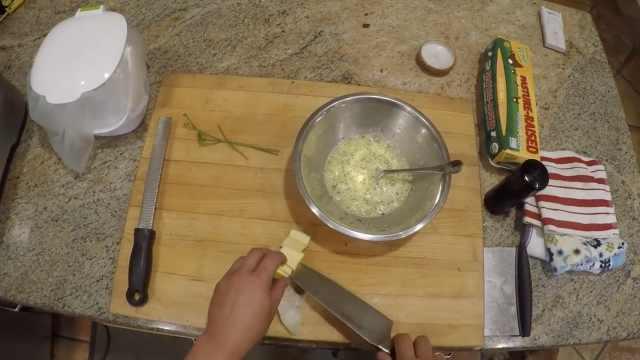 深夜放毒!美国名厨做美味夜宵蛋饼