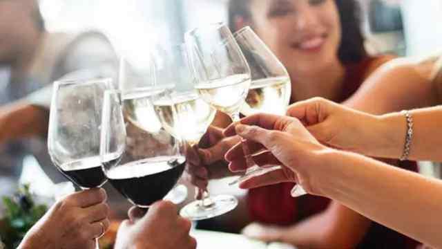 醫生建議:女性應該比男性少喝酒