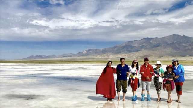 6旬老人组团自驾游,亚洲基本玩遍