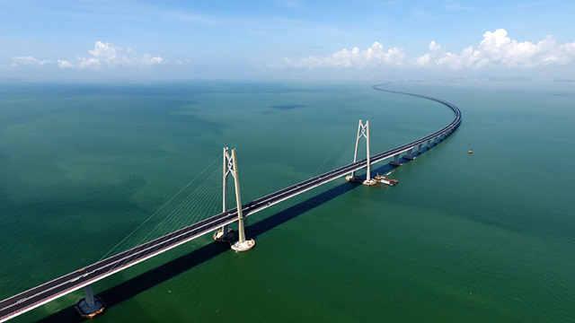 港珠澳大桥正式亮相,来看霸气航拍