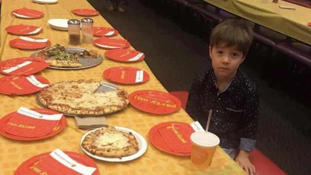 6岁男孩生日被放鸽子,NBA球队赠票 足协杯2013