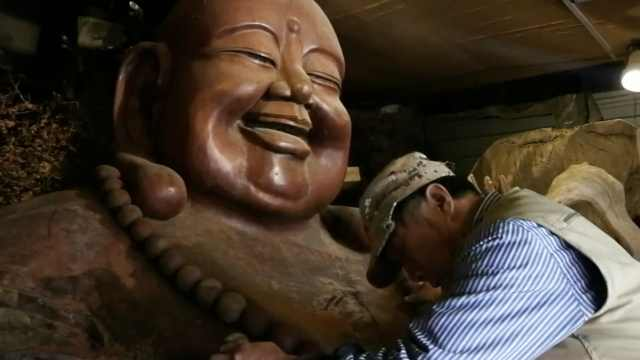 他13年根雕3米大佛,成世界和平大使