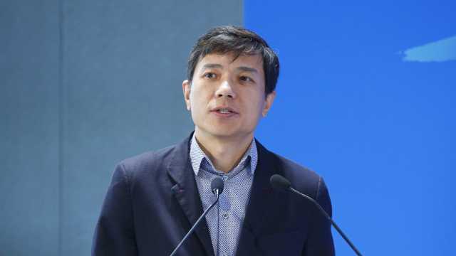 李彦宏:智能马路将减少40%等待时间