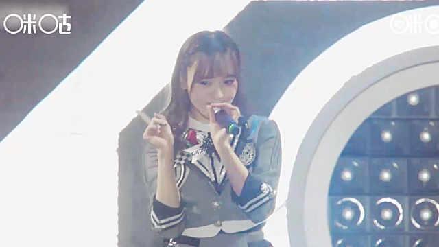 麟犀之夜SNH48歌曲串烧嗨翻全场!