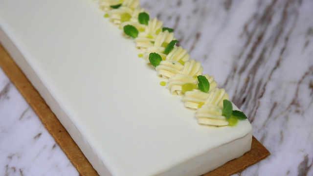 莫吉托慕斯蛋糕:饮料和甜品的互通