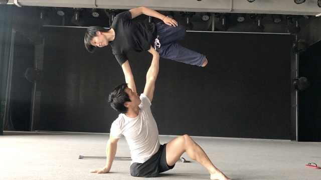 90后截肢女孩苦练舞蹈,登央视表演