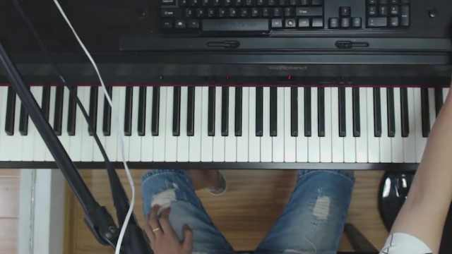 周杰伦的《黑色幽默》钢琴弹唱