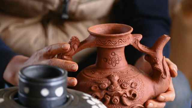 国家级非遗:香格里拉黑陶